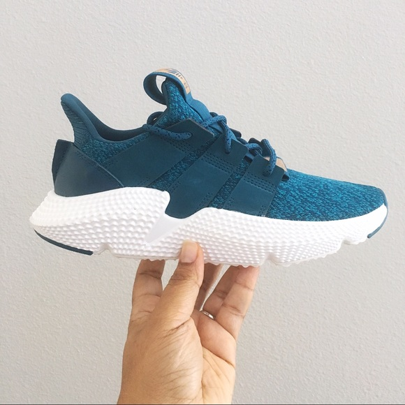 5ef7bea9af6 Adidas Prophere Women s Teal Shoes Size 7